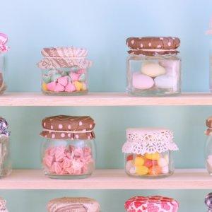 菓子メーカー